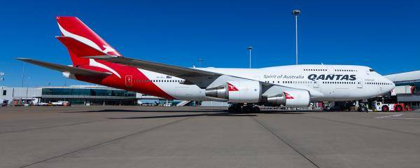 The last of Qantas' 747 fleet, VH-OEJ, at Brisbane Airport 15 July 2020