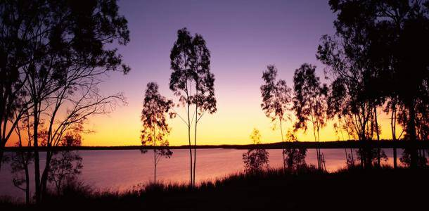 Sunsetting over Lake Maraboon | All that glitters in Emerald - 48 hours in the Central Highlands