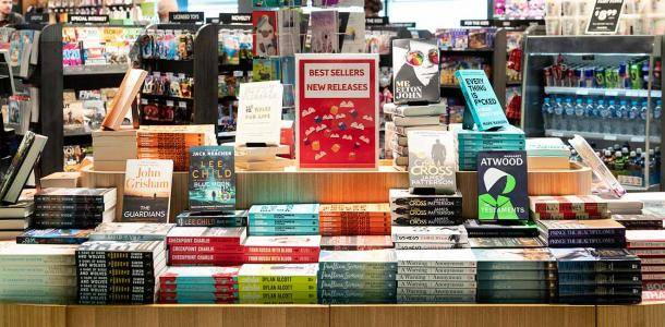 Make your next holiday read a page turner with Brisbane Airport | Best Airport Reads: Where to buy a book at Brisbane Airport